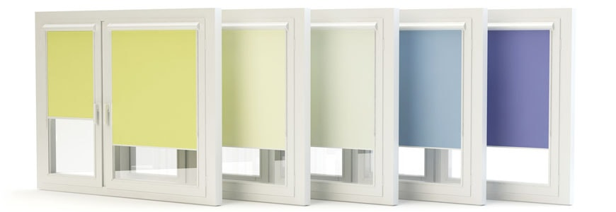 Pastele czy kontrast? Jak dobierać kolor rolet okiennych do wnętrza?