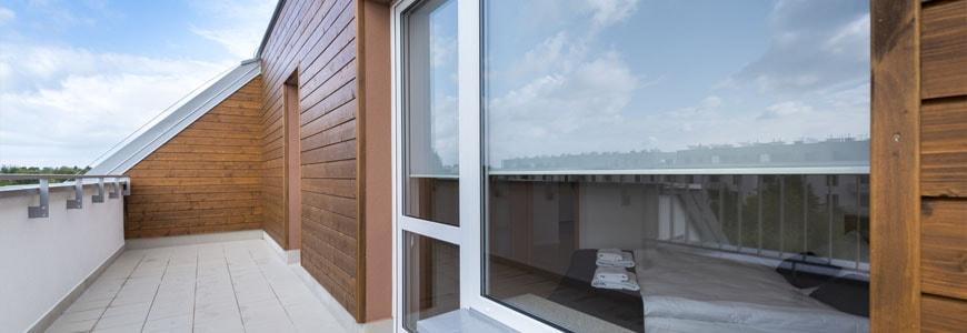 Rolety na drzwi balkonowe - jakie wybrać?
